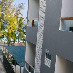 Отель Coconut Tree Hulhuvilla Beach Мале балкон