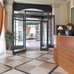 Отель Belvedere Италия, Вербания - отзывы, цены и фото номеров - забронировать отель Belvedere онлайн интерьер отеля фото 3