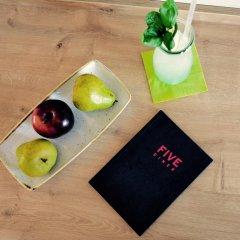 Отель FIVE Германия, Нюрнберг - отзывы, цены и фото номеров - забронировать отель FIVE онлайн бассейн