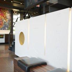 Отель Alt Hotel Toronto Airport Канада, Миссиссауга - отзывы, цены и фото номеров - забронировать отель Alt Hotel Toronto Airport онлайн комната для гостей фото 4