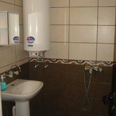 Отель Rumyana House Болгария, Балчик - отзывы, цены и фото номеров - забронировать отель Rumyana House онлайн ванная
