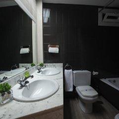 Отель Cortezo Испания, Мадрид - 13 отзывов об отеле, цены и фото номеров - забронировать отель Cortezo онлайн ванная фото 2