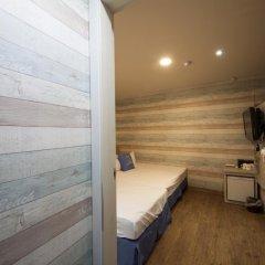 Отель K-guesthouse Sinchon 2 2* Стандартный номер с различными типами кроватей фото 5
