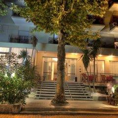 Отель Cormoran Италия, Риччоне - отзывы, цены и фото номеров - забронировать отель Cormoran онлайн вид на фасад фото 4