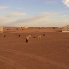 Отель Night Desert Camp Марокко, Мерзуга - отзывы, цены и фото номеров - забронировать отель Night Desert Camp онлайн приотельная территория фото 2