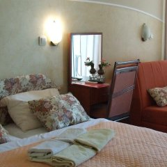 Apartments Pod Lozom in Petrovac, Montenegro from 82$, photos, reviews - zenhotels.com guestroom photo 2