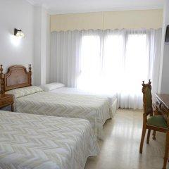 Отель Serantes Hotel Испания, Эль-Грове - отзывы, цены и фото номеров - забронировать отель Serantes Hotel онлайн комната для гостей фото 4