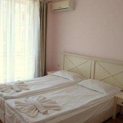Апартаменты Flores Park Apartments Солнечный берег комната для гостей фото 4