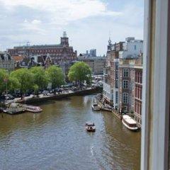 Отель Nes Нидерланды, Амстердам - отзывы, цены и фото номеров - забронировать отель Nes онлайн балкон