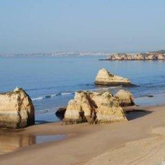 Отель Mirachoro Sol Португалия, Портимао - отзывы, цены и фото номеров - забронировать отель Mirachoro Sol онлайн пляж