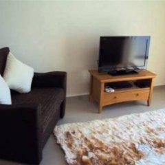 Апартаменты Paschali Hills Apartments комната для гостей фото 4