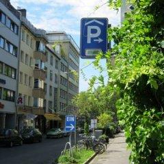 Апартаменты Apartment Bett Am Rhein Дюссельдорф парковка