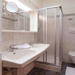 Отель Appartementhaus Residence Hirzer Тироло ванная фото 2