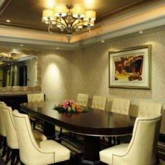 Hotel Equatorial Shanghai в номере фото 2