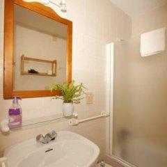 Отель Bungalows Ses Malvas ванная фото 2
