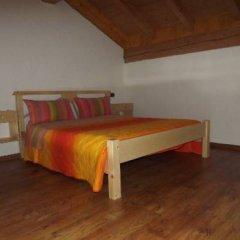 Отель Camping Parco Adamello Италия, Пинцоло - отзывы, цены и фото номеров - забронировать отель Camping Parco Adamello онлайн комната для гостей фото 2