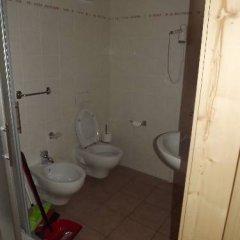 Отель Camping Parco Adamello Италия, Пинцоло - отзывы, цены и фото номеров - забронировать отель Camping Parco Adamello онлайн ванная