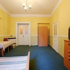 Гостиница Rent In Lviv Center 1 комната для гостей фото 4