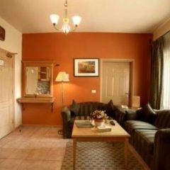 Отель Capri Hotel Suites Иордания, Амман - отзывы, цены и фото номеров - забронировать отель Capri Hotel Suites онлайн комната для гостей фото 5