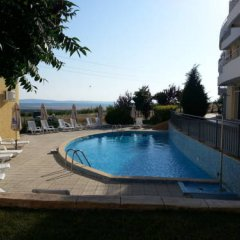 Отель Menada Sunset Kosharitsa Apartment Болгария, Кошарица - отзывы, цены и фото номеров - забронировать отель Menada Sunset Kosharitsa Apartment онлайн бассейн фото 3