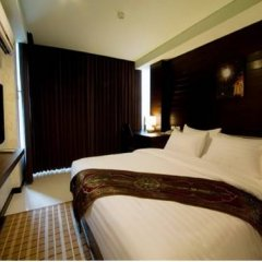 Ideal Hotel Pratunam Бангкок комната для гостей фото 5