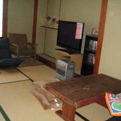 Happo Mt Base Back Packers Hostel Хакуба комната для гостей фото 2