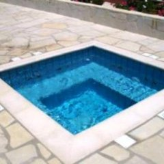 Отель Andriana Resort бассейн фото 3