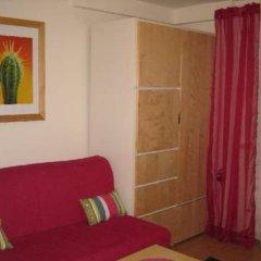 Отель Apartament Azalia Вроцлав комната для гостей фото 2