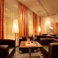 Отель Strandhotel Alte Donau Австрия, Вена - отзывы, цены и фото номеров - забронировать отель Strandhotel Alte Donau онлайн гостиничный бар
