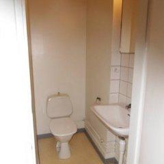 Отель Stf Hostel Malmo Eriksfalt Швеция, Мальме - отзывы, цены и фото номеров - забронировать отель Stf Hostel Malmo Eriksfalt онлайн ванная
