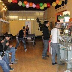 Отель Zebra Hostel Италия, Милан - отзывы, цены и фото номеров - забронировать отель Zebra Hostel онлайн фитнесс-зал
