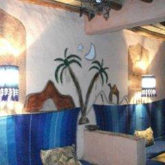 Отель Riad Les Flamants Roses Марокко, Мерзуга - отзывы, цены и фото номеров - забронировать отель Riad Les Flamants Roses онлайн интерьер отеля фото 2