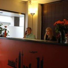 Fair Hotel Frankfurt интерьер отеля фото 3