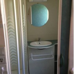 Отель Camping Rio Purón Испания, Льянес - отзывы, цены и фото номеров - забронировать отель Camping Rio Purón онлайн ванная фото 2