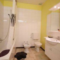 Отель Trone Apartment Бельгия, Брюссель - отзывы, цены и фото номеров - забронировать отель Trone Apartment онлайн ванная фото 2