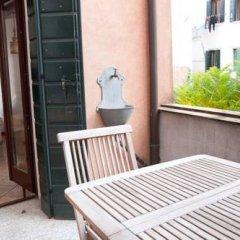 Отель Venice Salute Appartamenti Венеция балкон