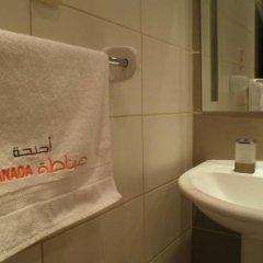 Отель Granada Suite Hotel Иордания, Амман - отзывы, цены и фото номеров - забронировать отель Granada Suite Hotel онлайн ванная