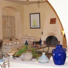 Отель Dar Hamza Тунис, Мидун - отзывы, цены и фото номеров - забронировать отель Dar Hamza онлайн интерьер отеля фото 3