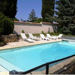 Отель Entre Lyon et Beaujolais бассейн фото 2