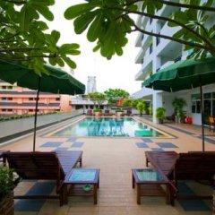 Отель The Laurel Suite Apartment Таиланд, Бангкок - отзывы, цены и фото номеров - забронировать отель The Laurel Suite Apartment онлайн бассейн