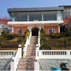 Отель Space Mountain Непал, Бхактапур - отзывы, цены и фото номеров - забронировать отель Space Mountain онлайн вид на фасад фото 3