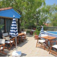 Hotel Flesvos бассейн