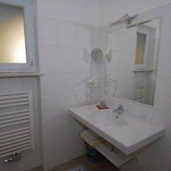 Отель Landhaus Huber Schwembacher Терлано ванная