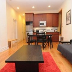 Апартаменты Lower East Side Apartment в номере