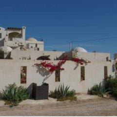 Отель Dar Hamza Тунис, Мидун - отзывы, цены и фото номеров - забронировать отель Dar Hamza онлайн парковка