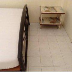 Отель Chart Guesthouse Бангкок интерьер отеля фото 2