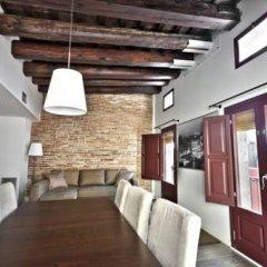 Апартаменты Ramblas Apartments интерьер отеля