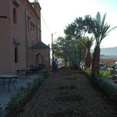Отель Ryad Ksar Malal Марокко, Загора - отзывы, цены и фото номеров - забронировать отель Ryad Ksar Malal онлайн парковка
