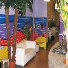 Отель Zebra Hostel Италия, Милан - отзывы, цены и фото номеров - забронировать отель Zebra Hostel онлайн балкон