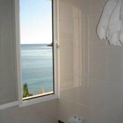 Отель Hostal Talamanca ванная